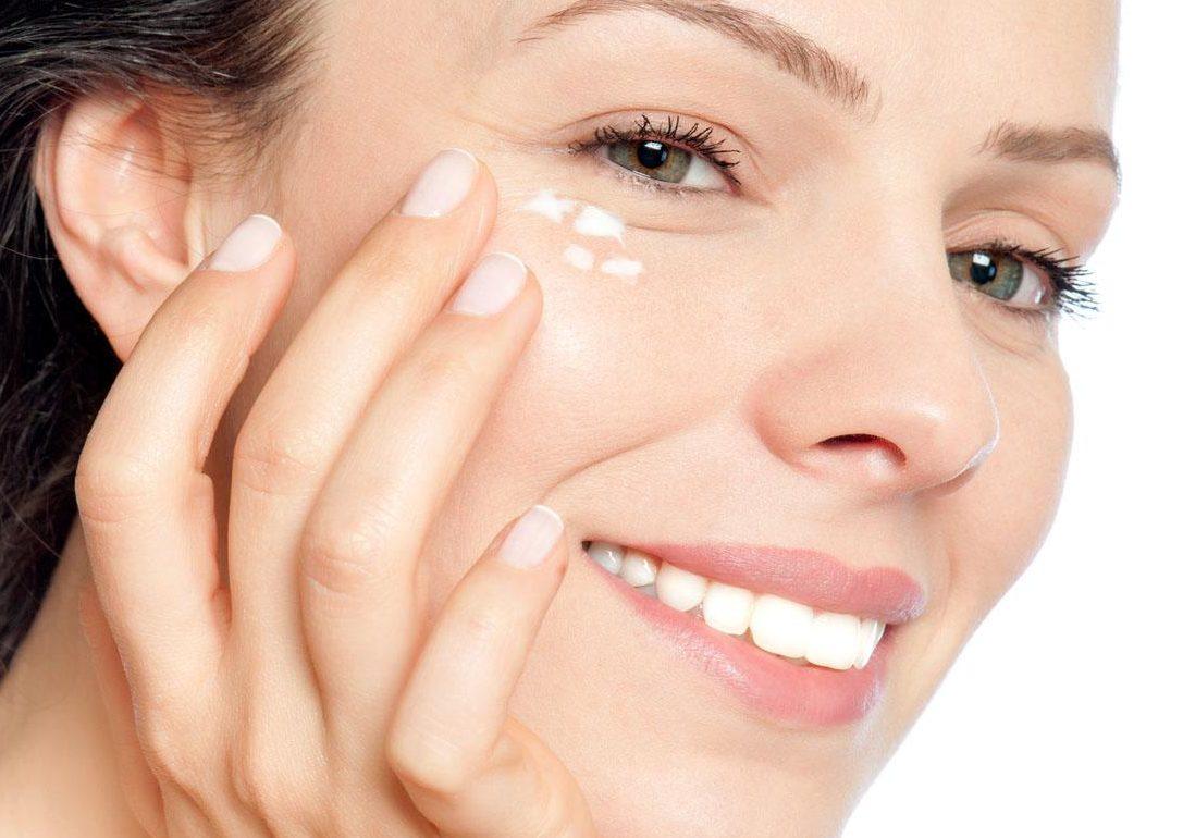 Hướng dẫn chăm sóc da vùng mắt, môi, cổ và tay luôn căng mịn - ThichDIY