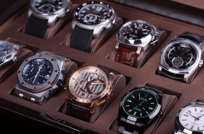 LỢI hay HẠI khi mua đồng hồ nam xách tay?