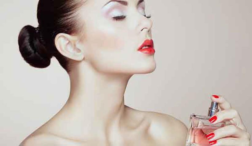 Vì sao phụ nữ nên dùng nước hoa? Cách dùng nước hoa đúng cho nữ